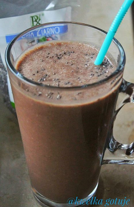 Kakaowy napój z chia