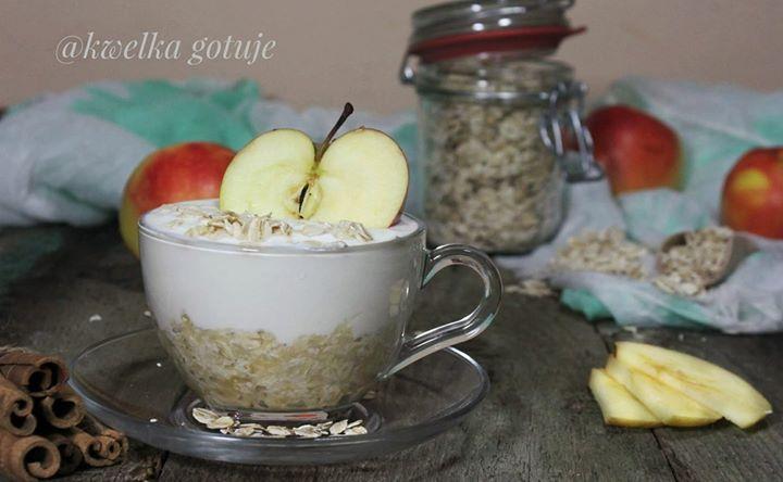 Jogurtowo-jabłkowa owsianka