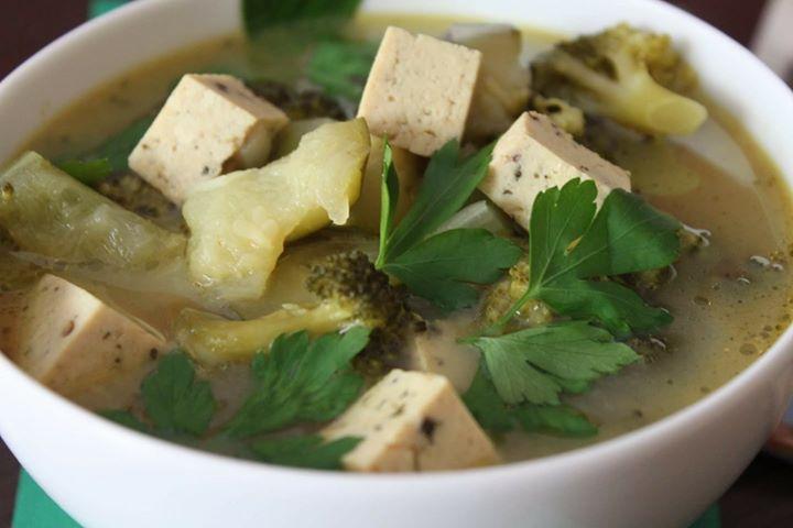 Zupa w stylu tajskim
