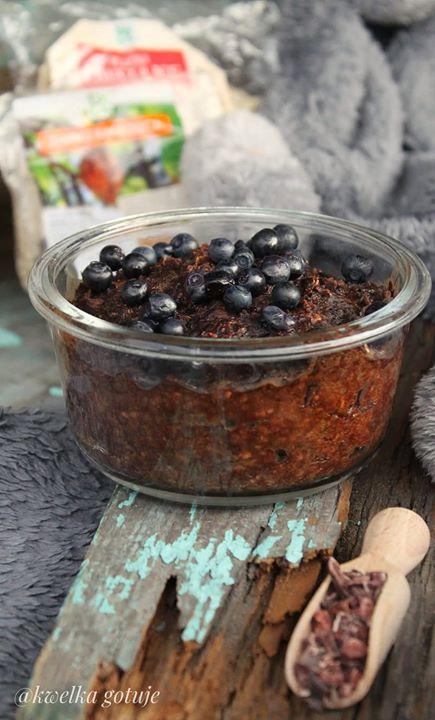 Wegańska kakaowo-cukiniowa owsianka