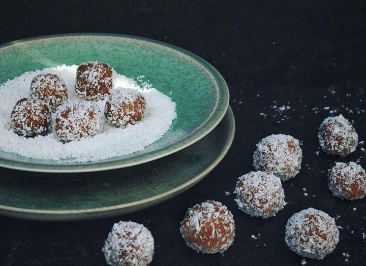 Orzechowo-Kokosowe kuleczki