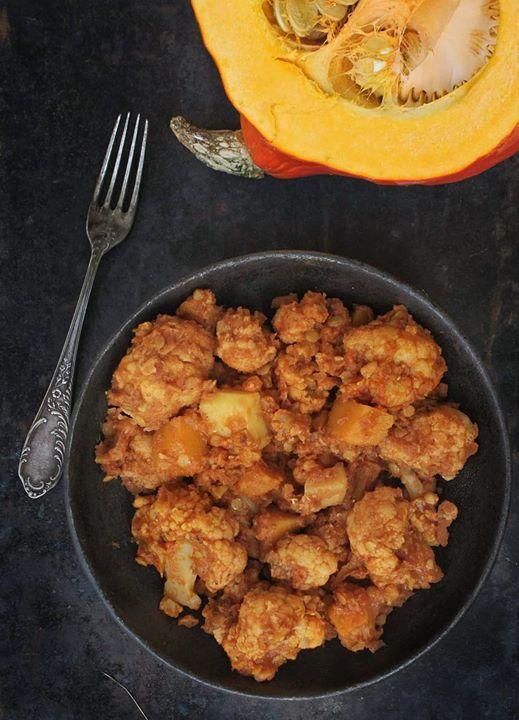 Kalafiorowe curry z soczewicą i dynią