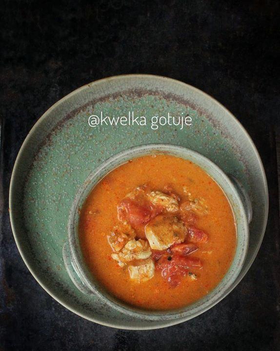Kurczak duszony z pomidorami