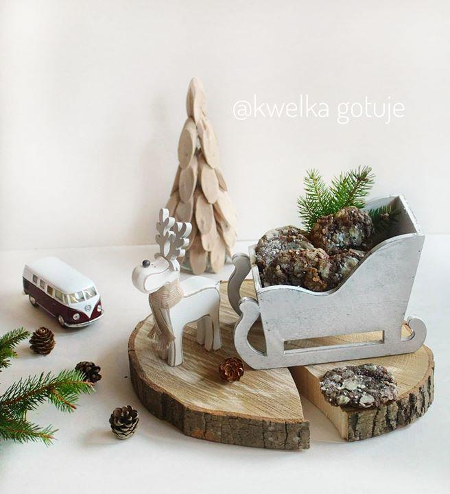 Zimowe ciasteczka czekoladowe