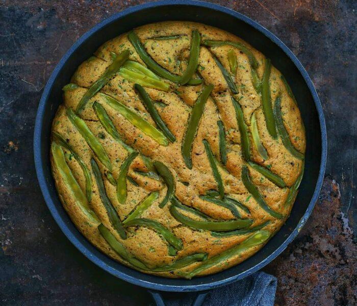 Wegański omlet z fasolką szparagową
