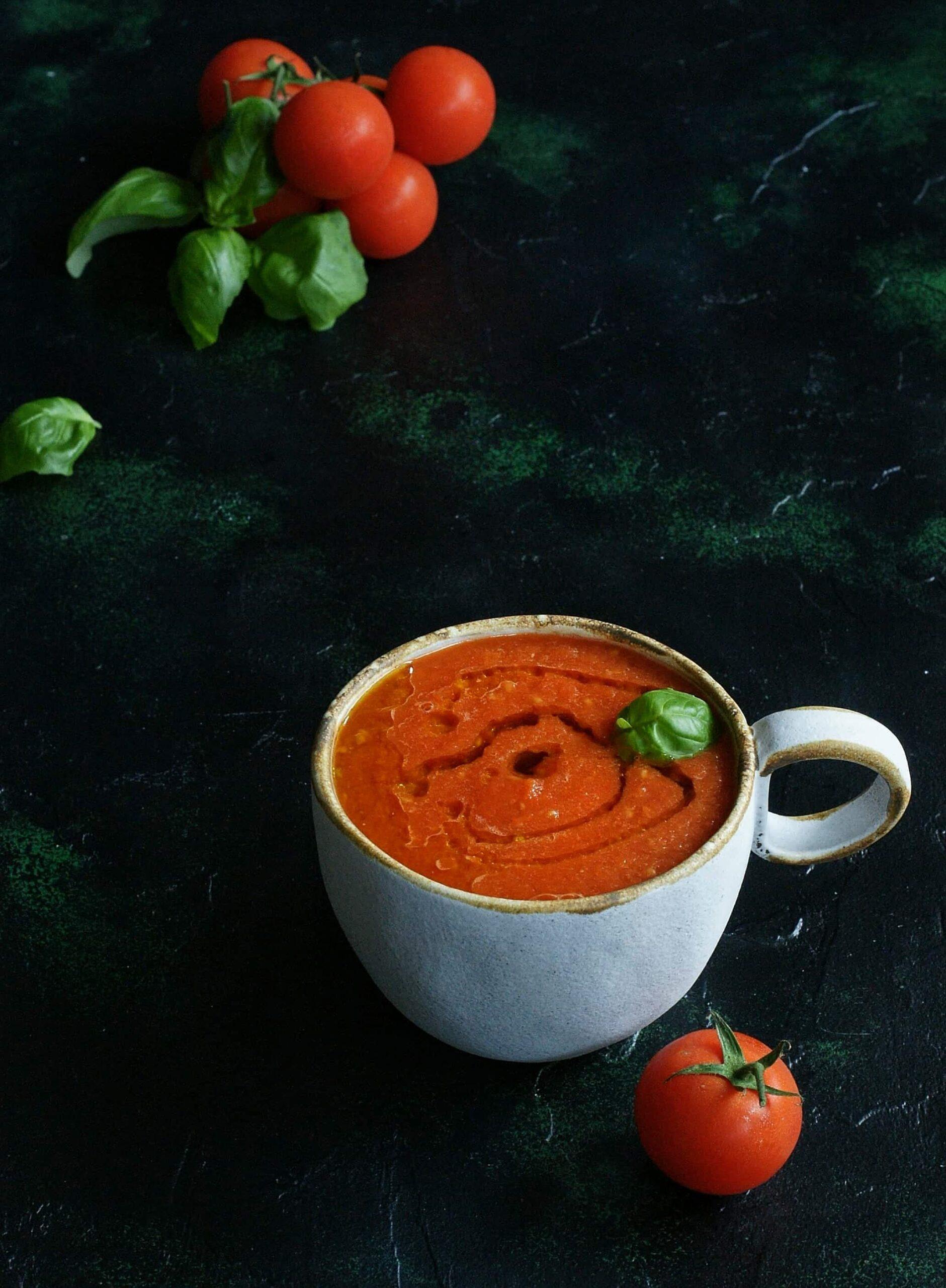 Zupa z pieczonych pomidorów